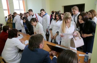 В Курске для выпускников медколледжа устроят ярмарку вакансий