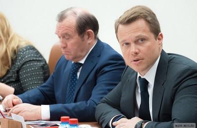 Максим Ликсутов сообщил, что мобильное приложение «Помощник Москвы» за первые недели его работы установили более 20 тысяч человек
