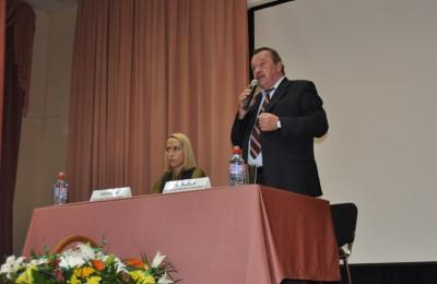 Префект Алексей Челышев рассказал жителям округа о развитии транспорта в ЮАО