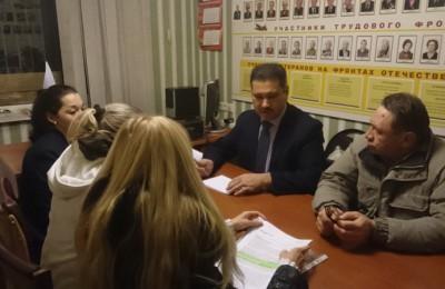 Депутат Совета депутатов муниципального округа Чертаново Северное Назиржон Абдуганиев провел прием населения