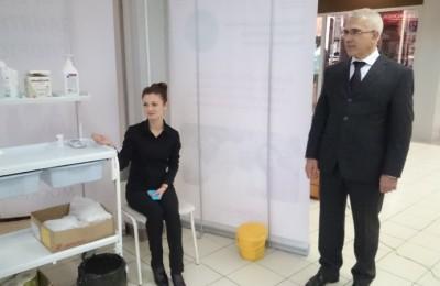 Депутат муниципального округа Чертаново Северное Михаил Краюшкин рассказал о вакцинации против гриппа в районе Чертаново Северное