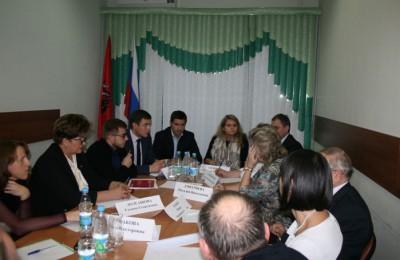 В Южном округе состоялась встреча представителей департамента транспорта Москвы и развития дорожно-траспортной инфраструктуры с советами депутатов двух муниципальных округов