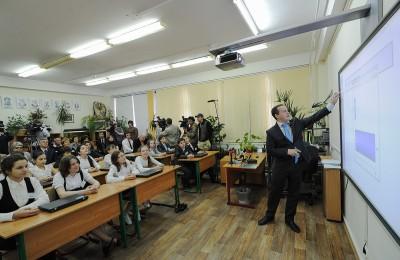 Депутаты и артисты смогут проводить экологические уроки в столичных школах