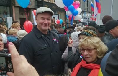 Глава муниципального округа Чертаново Южное Борис Абрамов-Бубненков сообщил, что праздник 4 ноября - важная веха в череде событий