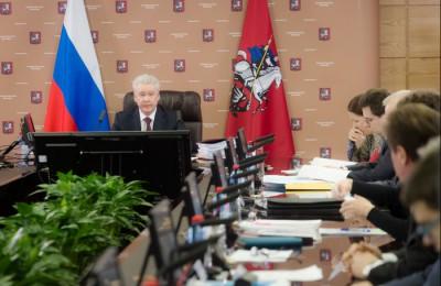 Мэр Москвы Сергей Собянин сообщил, что бесплатная паковка по воскресеньям и в праздники в столице закреплена законодательно