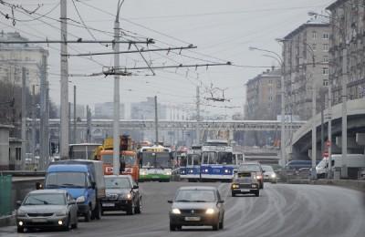 На Ленинградском шоссе открыта выделенная полоса На Ленинградском шоссе открыта выделенная полоса