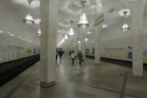 Один из эскалаторов станции метро «Чертановская» закрыли на ремонт