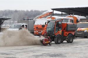 Роспотребнадзор подтвердил безопасность реагентов, применяемых в Москве