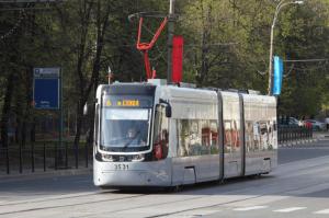 В Южном округе проводят работы по реконструкции трамвайных путей
