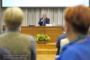 Префект Алексей Челышев на встрече с жителями