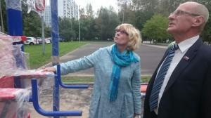 Депутаты ознакомились с качеством спортивных тренажеров