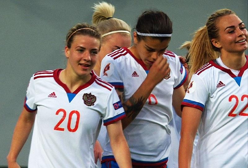 Женская сборная Российской Федерации пофутболу пробилась в заключительную часть чемпионата Европы