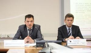 Начальник ОАТИ Дмитрий Семенов (слева)