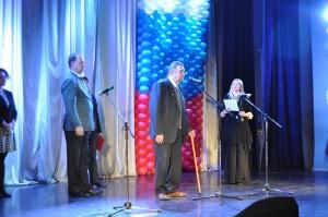 Председатель Совета ветеранов района Валентин Федорович Колониченко (в центре) на вечере памяти