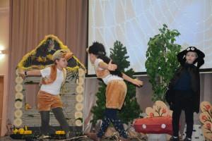 Дети на фестивале сказок