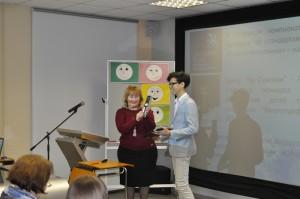 Тимур Хамраев получает премию