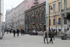 Доля пустующих помещений на главных торговых улицах Москвы снижается