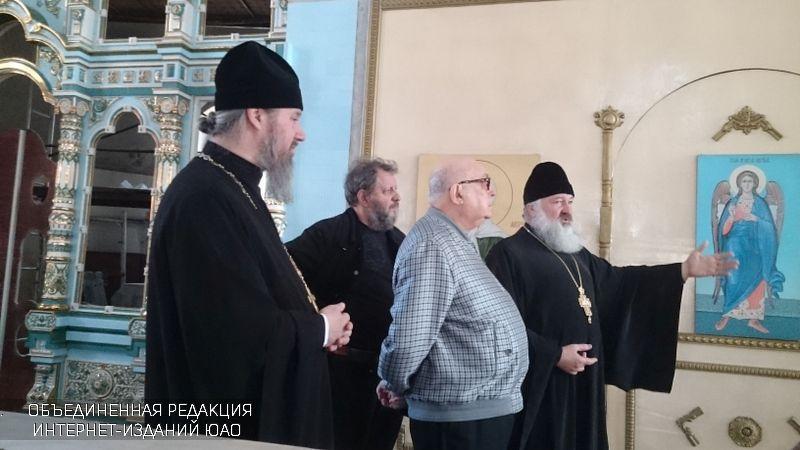 ВЧертанове Северном продолжается строительство православных храмов