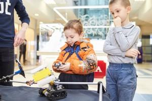 Бои на роботах организуют в местном ТРЦ