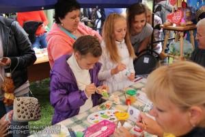 Юных жителей района научат лепить художественные фигурки из пластилина