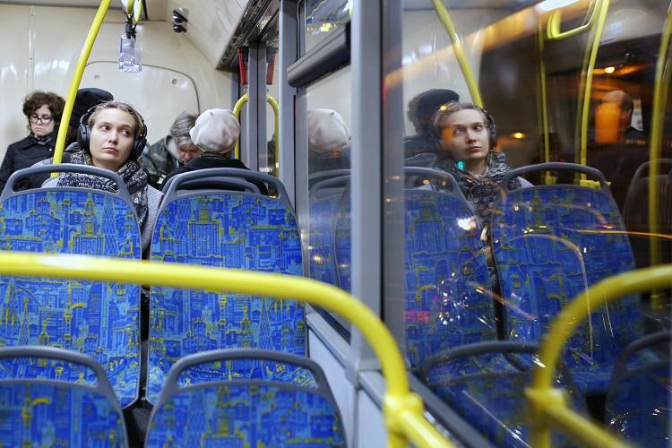 В автобусе