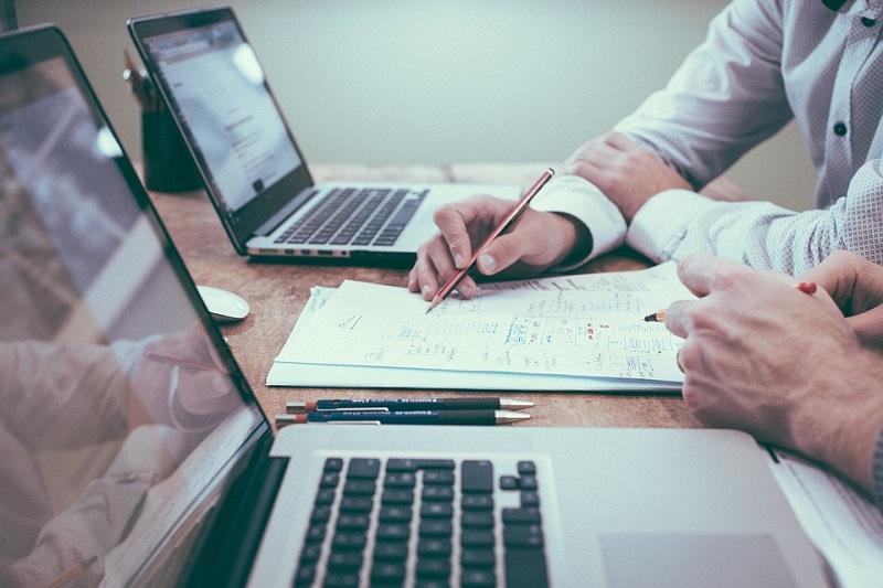 предпринимательство, компьютер, работа в офисе