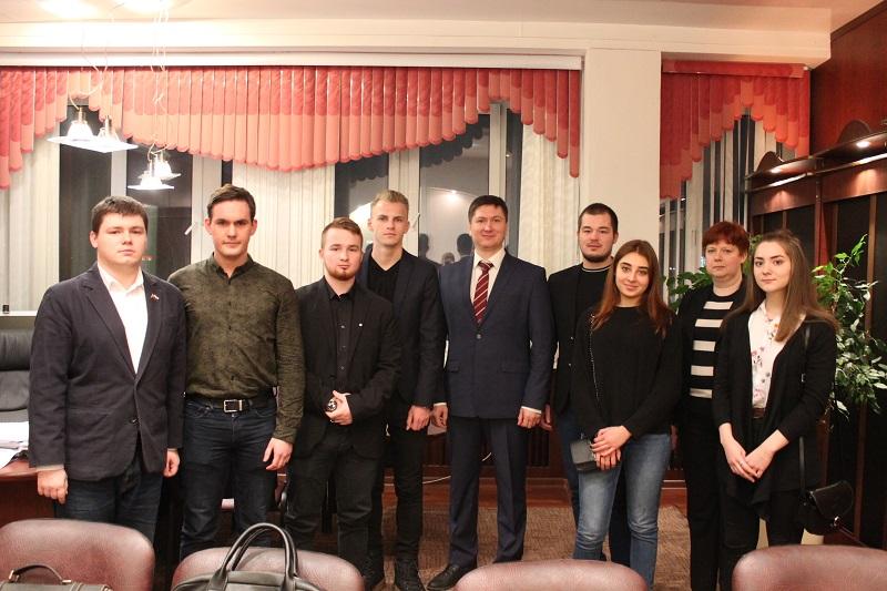 Молодежная палата встретилась с главой управы района