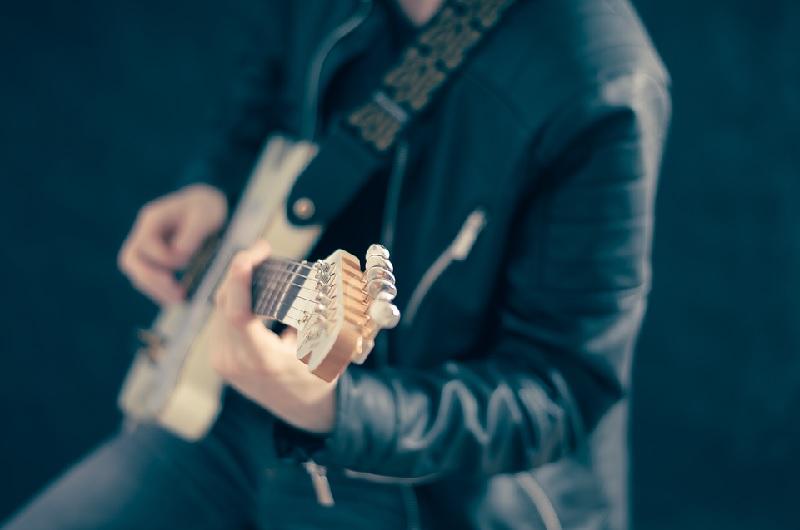 пиксабай гитара 2102
