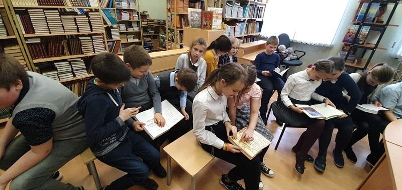 День православной книги, школа 1179, Марина Крылова, Ольга Соломатина